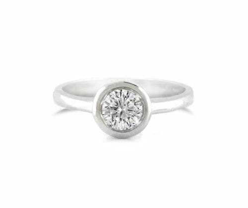 Solitaire Diamond Engagement Ring 005