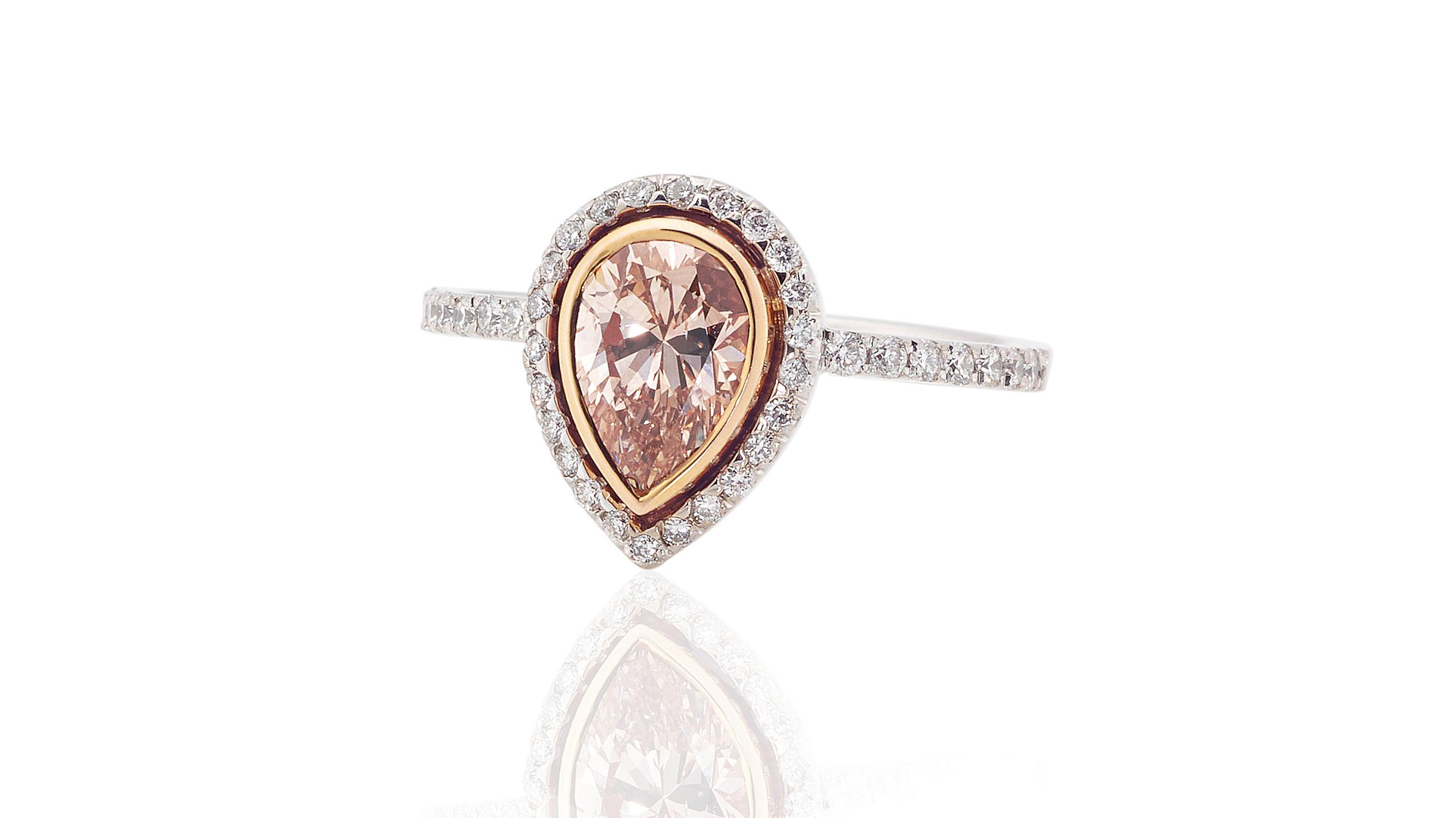 Rsoe Gold Diamond Halo Ring