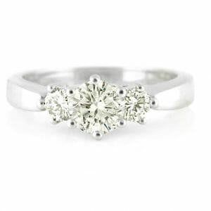 Round diamond trilogy ring | Set in 18 carat white gold.