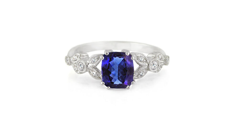 Tanzanite & Diamond Ring | Diamond Vintage-Style Ring