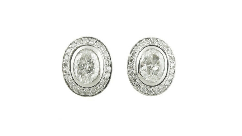 Diamond Earrings | Oval diamond halo stud earrings