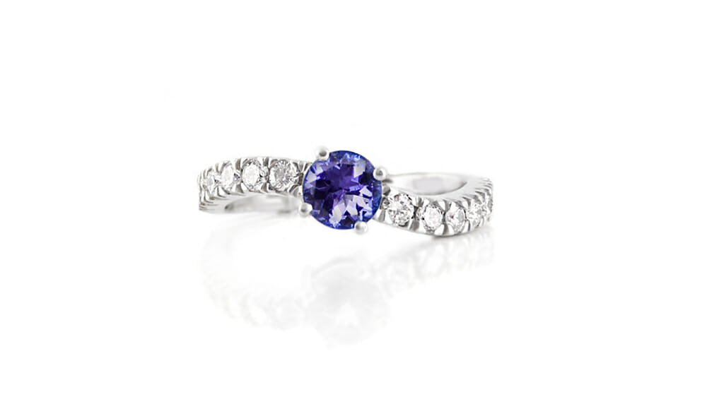 Rare African Tanzanite & Diamond Ring | Wave Shaped ring.