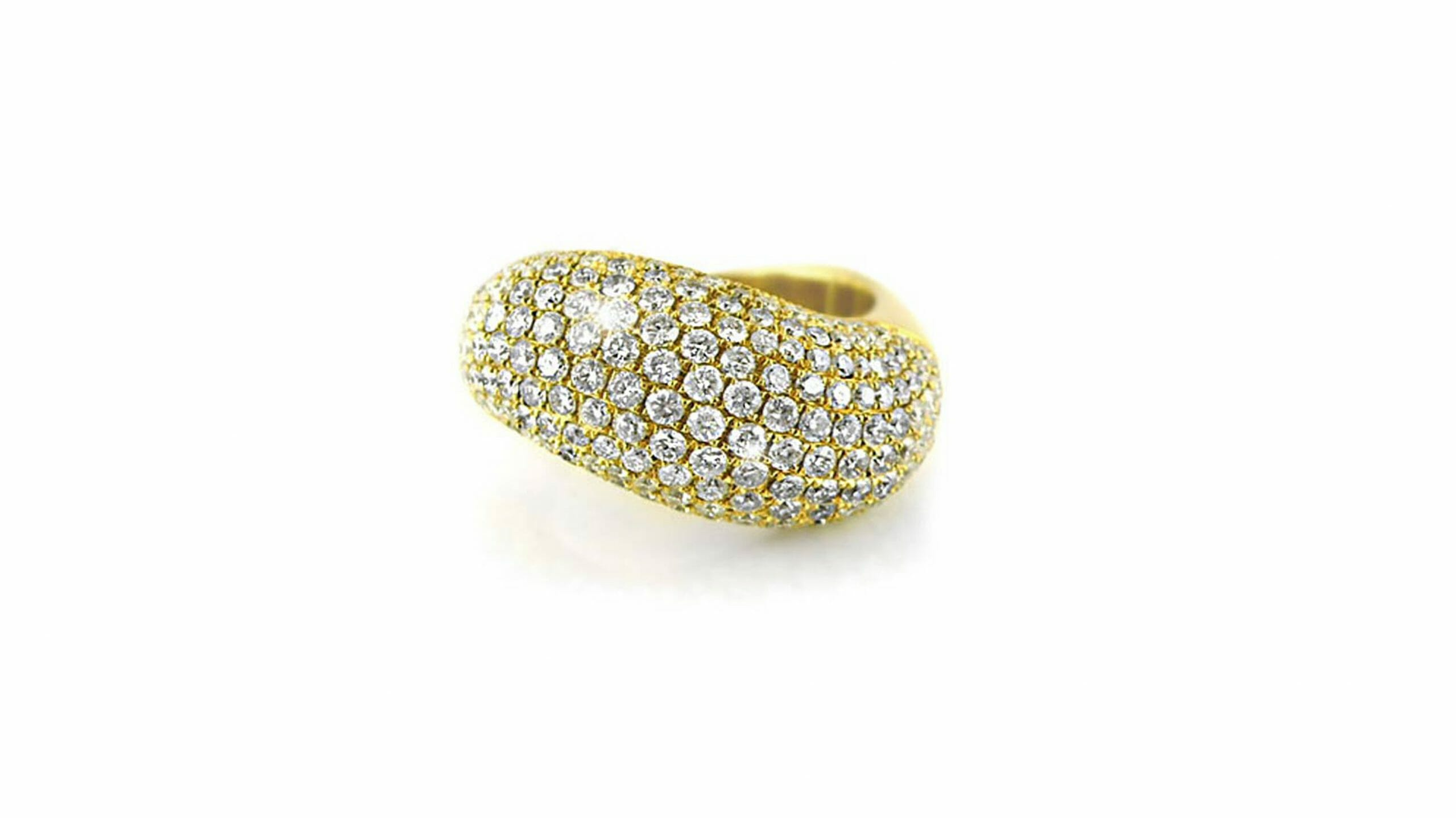 Pave diamond seashell dress ring Set In 18ct Yellow Gold