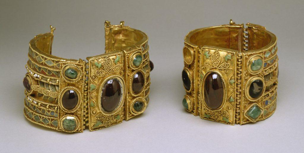 God bracelets with gemstones | Walters Art Museum