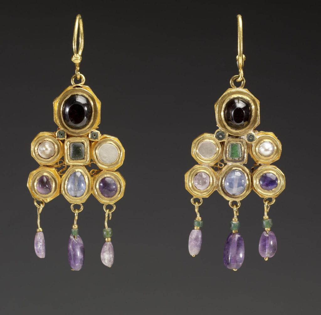 Byzantine Earrings, ca.600 with gold and pearl gemstones | Via The Walters Art Museum
